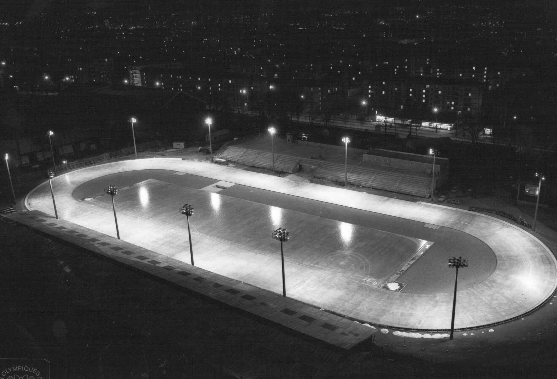 L 39 anneau de vitesse j o de grenoble 1968 coljog jeux olympiques de - Anneau des jeux olympique ...